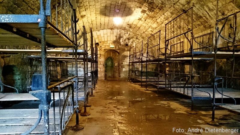 Verdun - Fort de Douaumont Schlafsaal