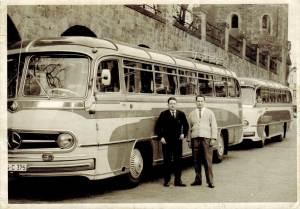 Mercedes Benz Bus mit Panoramascheiben
