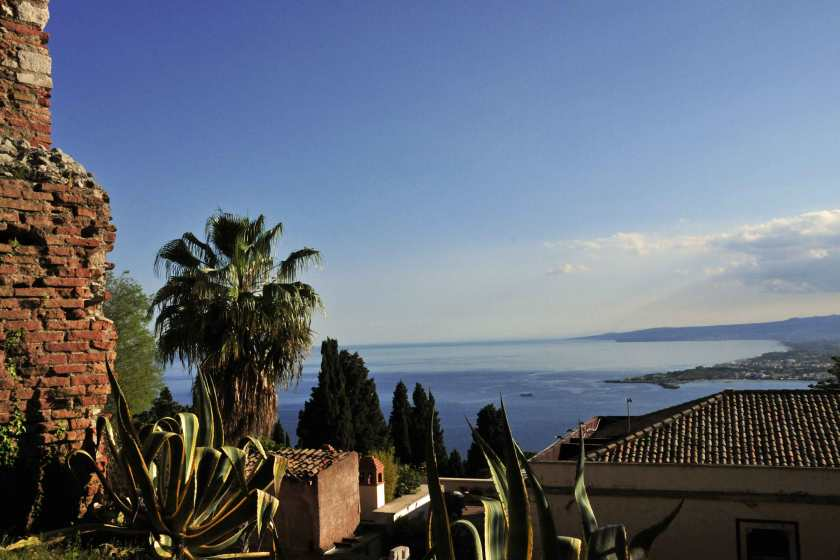 Traumblick vom Theater in Taormina