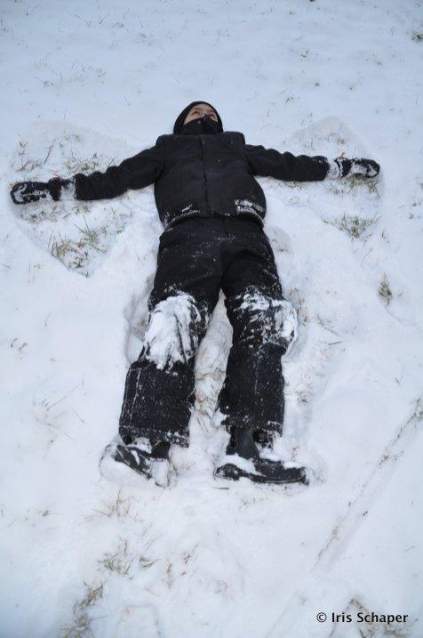 Solling ein Mann im Schnee