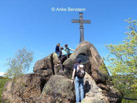 Der Ilsestein mit Gipfelkreuz