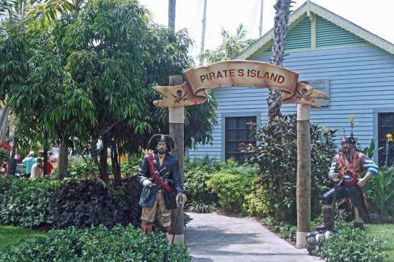 Früher hausten Piraten auf den Turks & Caicos, passend auch der Name des Wasserparks: Pirate's Island