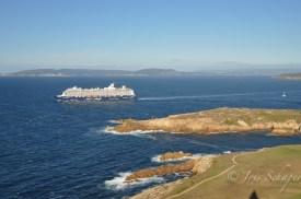 Kreuzfahrtschiff vor A Coruña Aussicht vom Herkulesturm