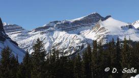 Winter-Berge im Schnee
