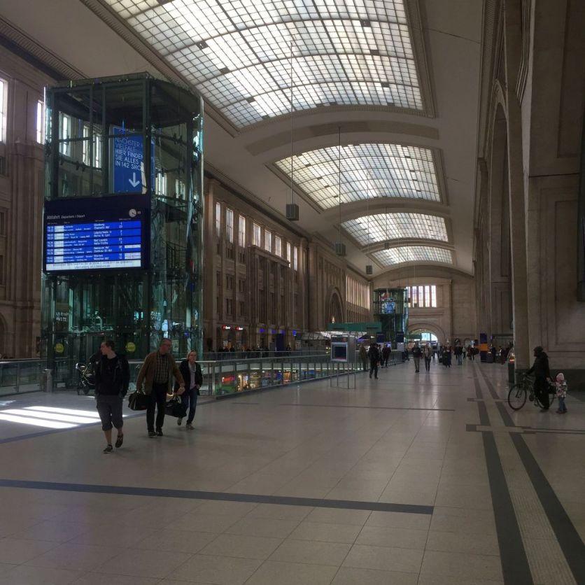 Leipzig_Hauptbahnhof_Benstem_Reisefeder
