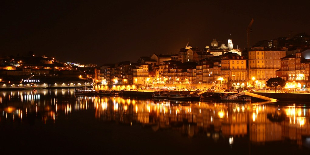 portugal-porto-by-night-view-from-gaia