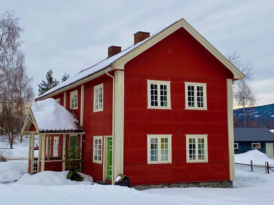 Dokka Lands museum Tingstuebygningen fra Odnes