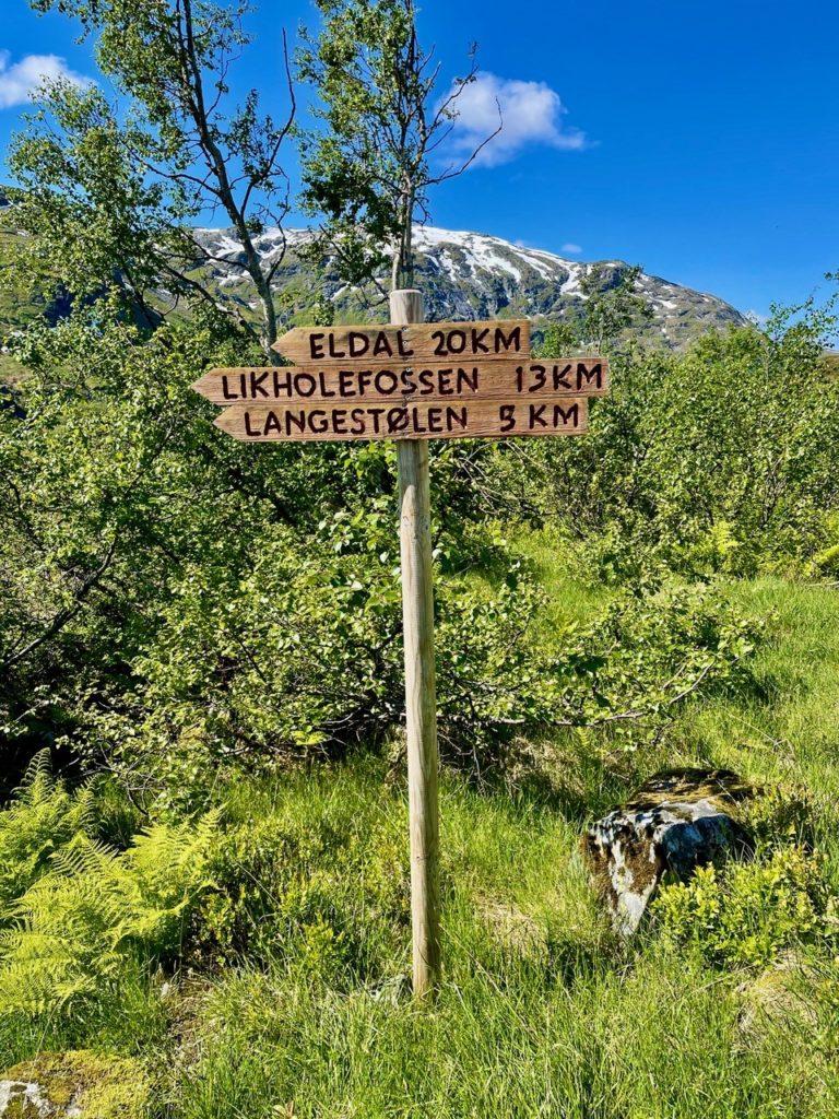 Treskilt i Viksdalen