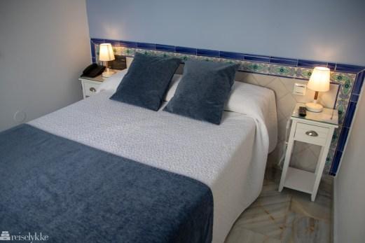 Hotel Plaza Cavana i Nerja