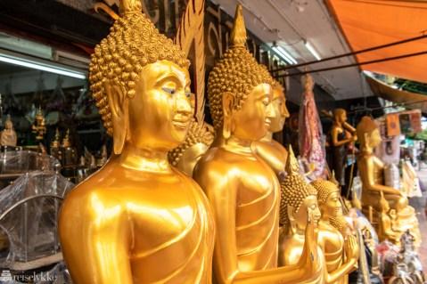 Buddha figurer Thanon Bamrung Mueang-2