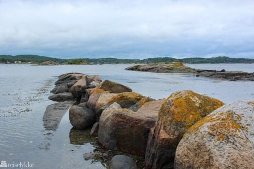 Engø Gård ligger tett på havet