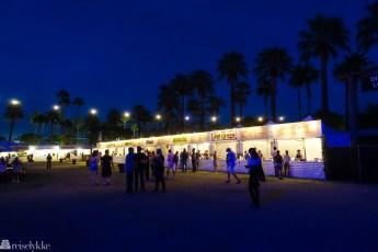 Food stalls på Desert Trip