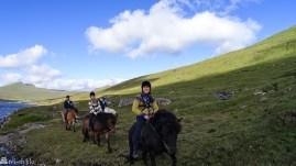 På ridetur på Færøyene