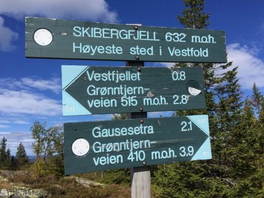 Skilt på toppen av Skibergfjell