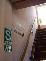 In jedem Haus: Mit S gekennzeichneten Orte sollen Schutz bei Beben bieten