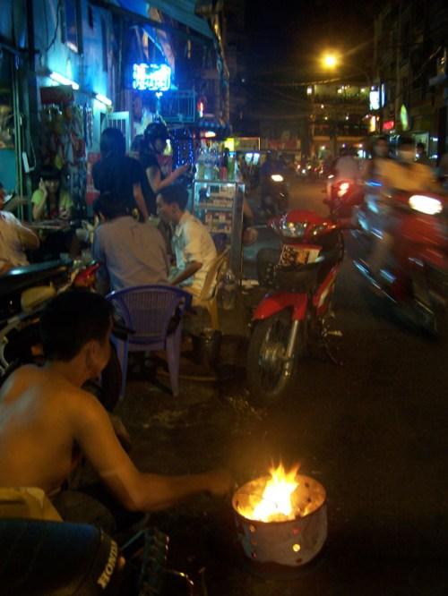 Saigon Travellerviertel bei Nacht