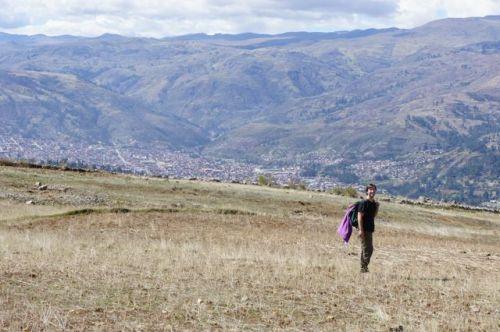 David (vorne) und Huaraz, da hinten im Tal