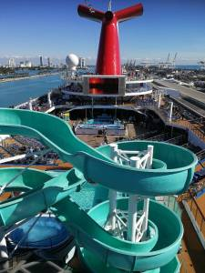 An Bord der Carnival Victory.