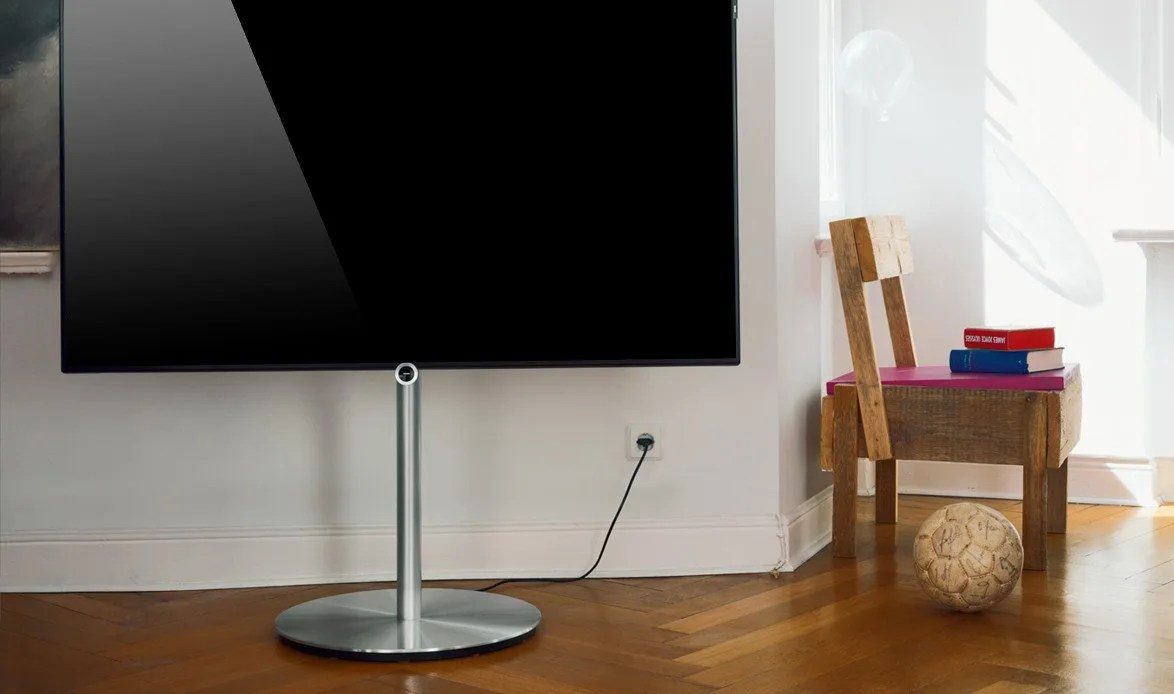 loewe bild 1 loewe reisenberger galerien m nchen. Black Bedroom Furniture Sets. Home Design Ideas