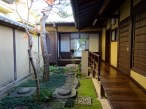 Many traditional houses are to be seen in Nara.