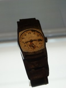 Watch that stopped at the time of the explosion (Atomic Bomb Museum Hiroshima)