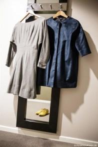 Kleider und Schuhe