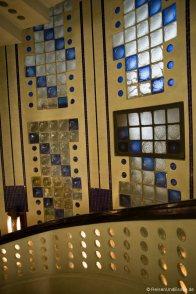 Art Deco Aufgang im Haus Atlantis