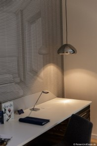 Schreibtisch im Zimmer