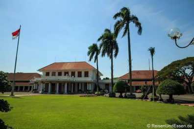 Ehemaliger Gouverneurspalast in Surabaya