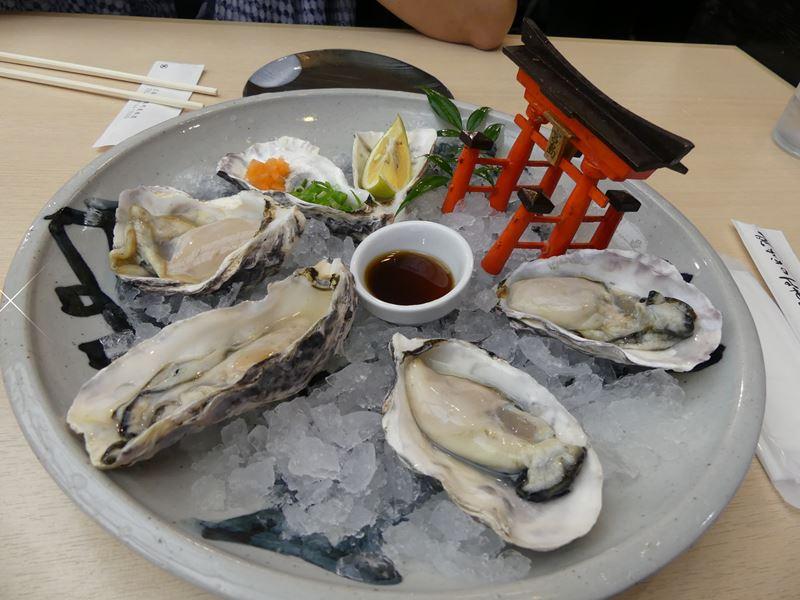 frische Austern mit Schrein