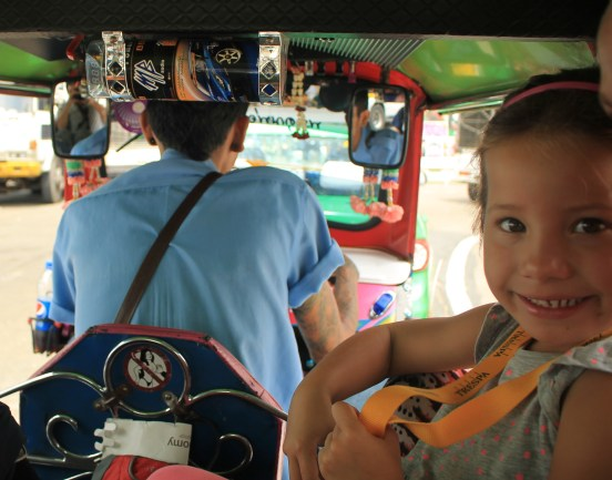 In de tuktuk in Bangkok