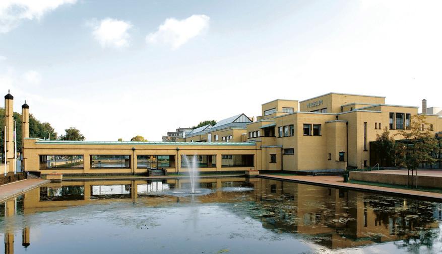 Het Gemeentemuseum in Den Haag viert 100 jaar Mondriaan met 3 tentoonstellingen