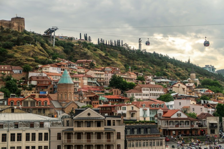 1 Tbilisi - Old town en de kabelbaan