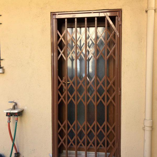 puerta terraza 1 cerrada