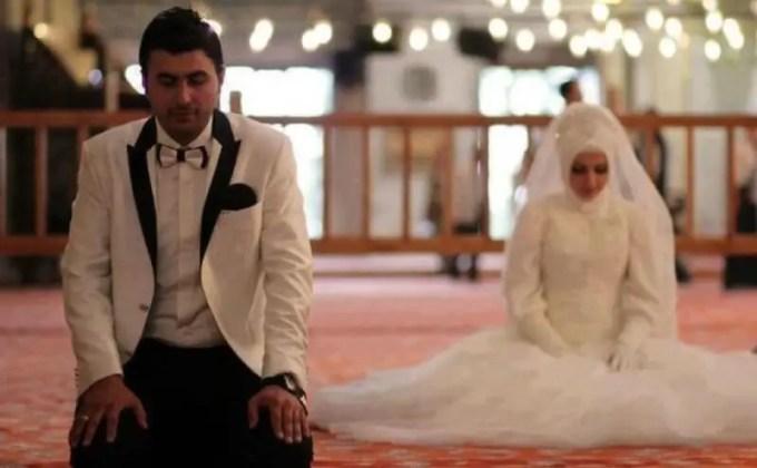 suami menjadi imam