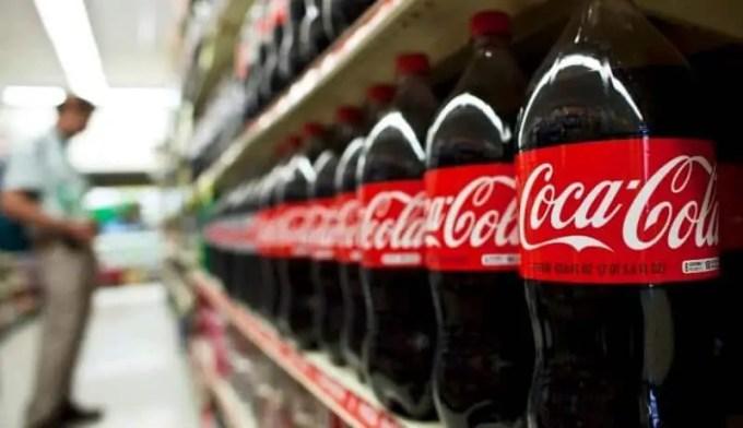 contoh advertisement coca cola
