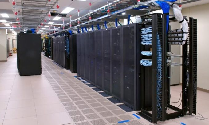 pusat web server