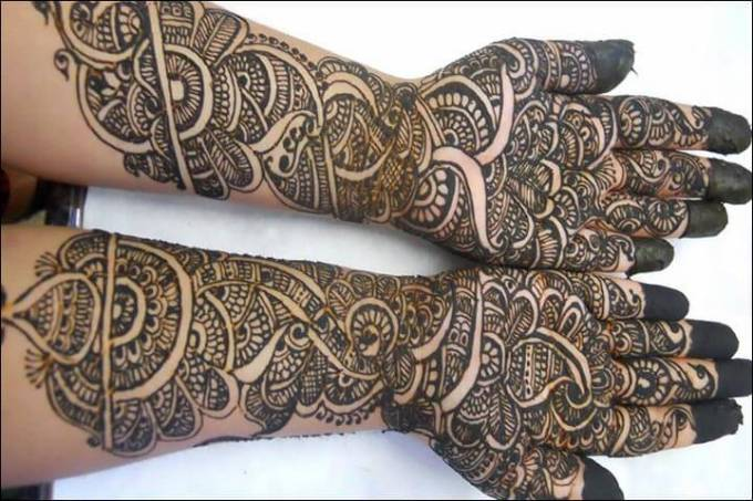 henna telapak tangan