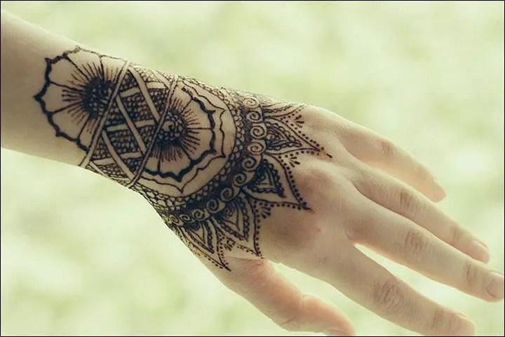 Tattoo Mehndi Tangan : Gambar henna tangan yang cantik dan simple beserta cara