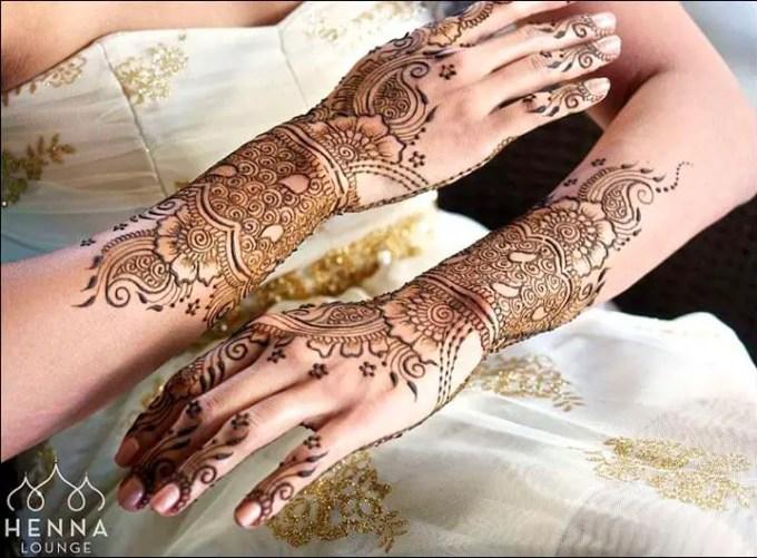 Henna Tangan Motif Delicate Bride