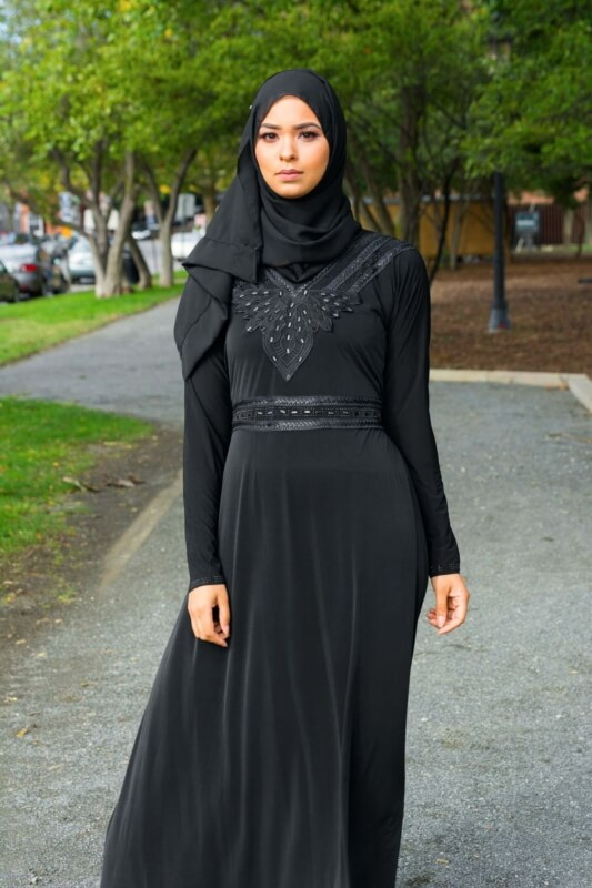 black dress abaya