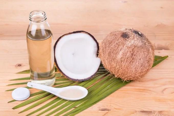 manfaat minyak vco untuk rambut