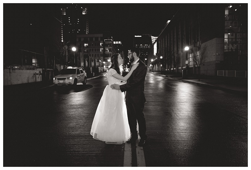 Michael and Lizzy | downtown Cincinnati | rejoicingrebecca.com