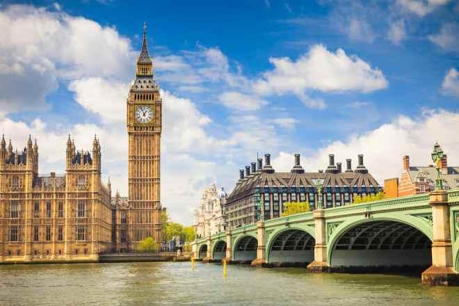 Big Ben og Houses of Parliament