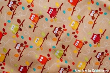 tissu chouettes brun detail