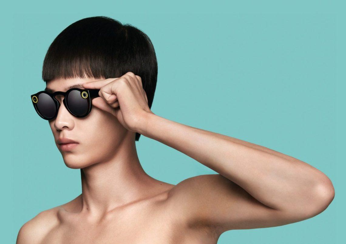 5818c5db551aae ... ingebouwde camera voor Snapchat relatiegeschenk zonnebrillen voor  millennials ...
