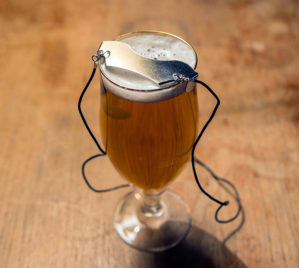 snor beschermer hipster gadget bier