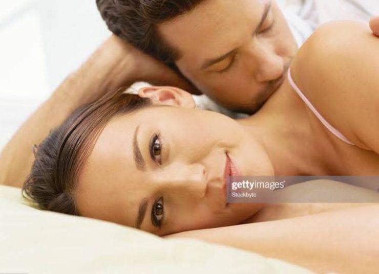 SENSITIVE KISSING
