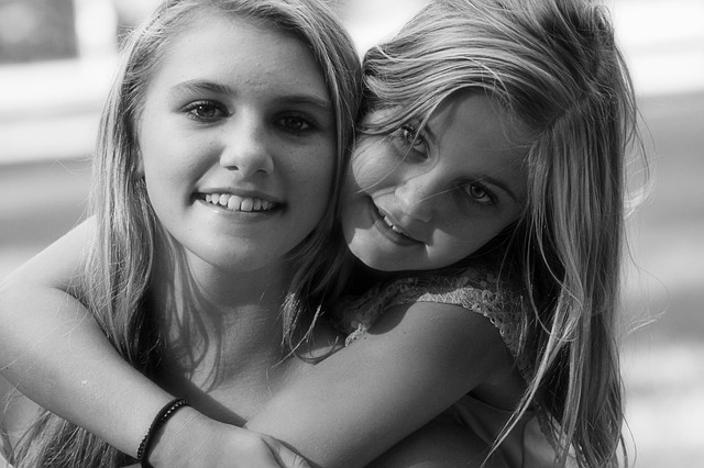 hermanas photo