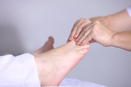 Reflexologie plantaire - massage des orteils